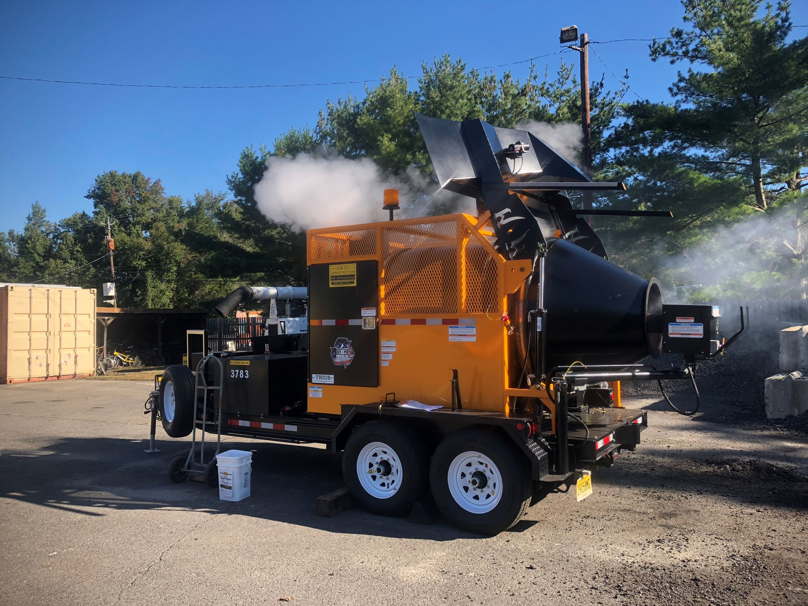 2018-10-17 DPW Asphalt Machine